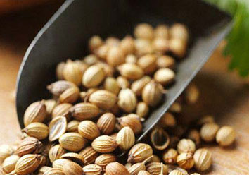 BROWN CORIANDER SEED